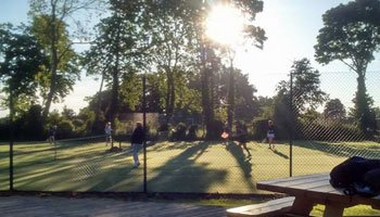Members enjoying socal tennis on a sunny day at Pocklington Tennis Club