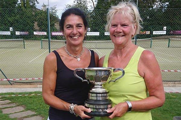 Loobie Kettlewell and Jean Hunter, Ladies Doubles Winners 2019